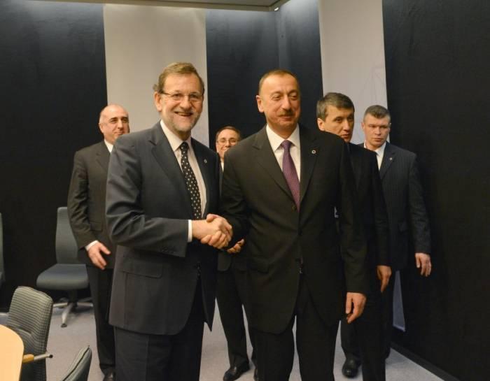 رئيس الوزراء الاسباني يهنئ الهام علييف