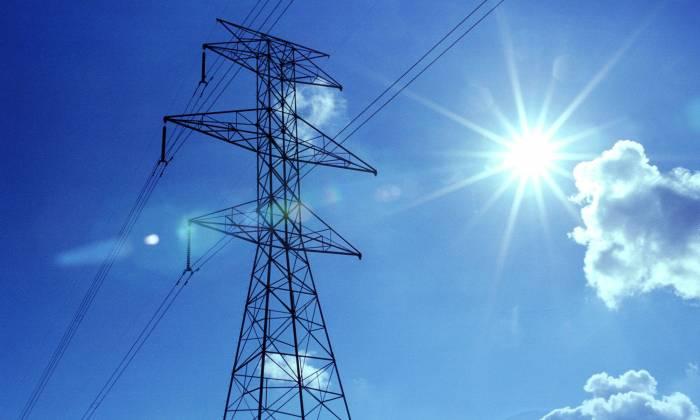 İranla elektrik enerjisinin alqı-satqısına dair müqavilə imzalanıb