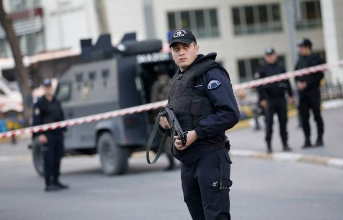Shootout in Istanbul hotel: one dead