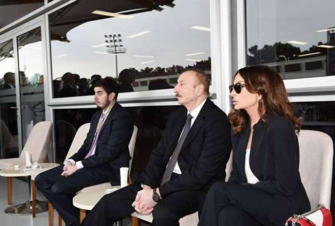 """Prezident ailəsi ilə """"Formula-1"""" yarışlarını izlədi - (VİDEO+FOTOLAR)"""