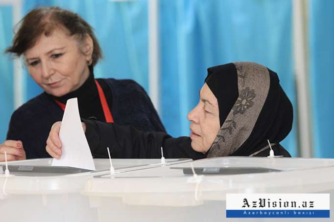 Presidential Election Day in Azerbaijan - PHOTOS