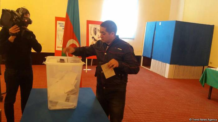 Prisoners cast vote in presidential elections in Azerbaijan