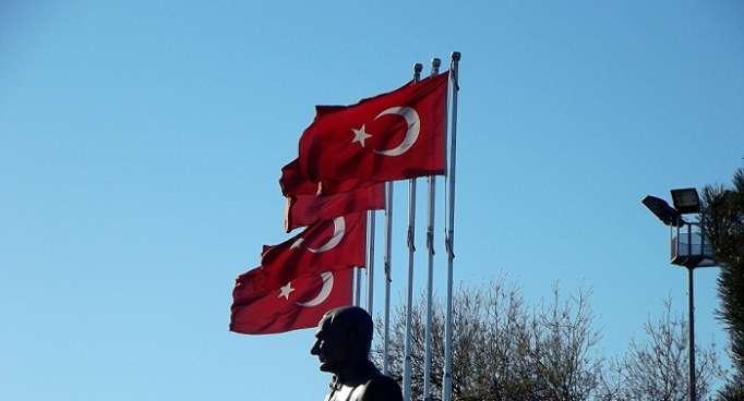 Detienen a 50 personas en Turquía por supuestos vínculos con el clérigo Fethullah Gulen