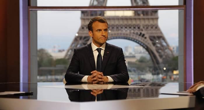Macron receives prestigious prize in Germany for