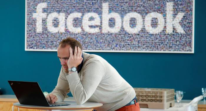 Facebook may be fined over violating Russia