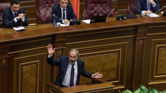 Armenia crisis: Opposition leader Pashinyan fails in bid to be PM