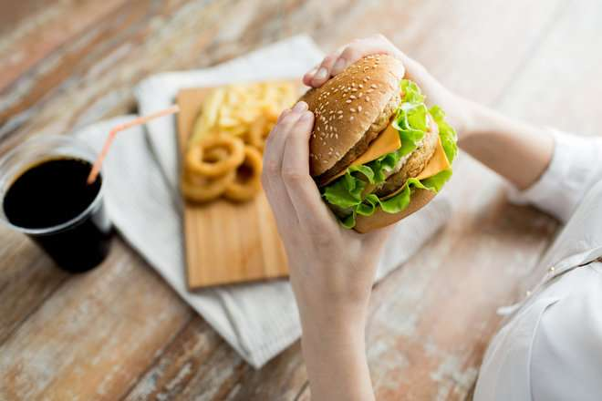 Could fast food make it harder for you to getpregnant?