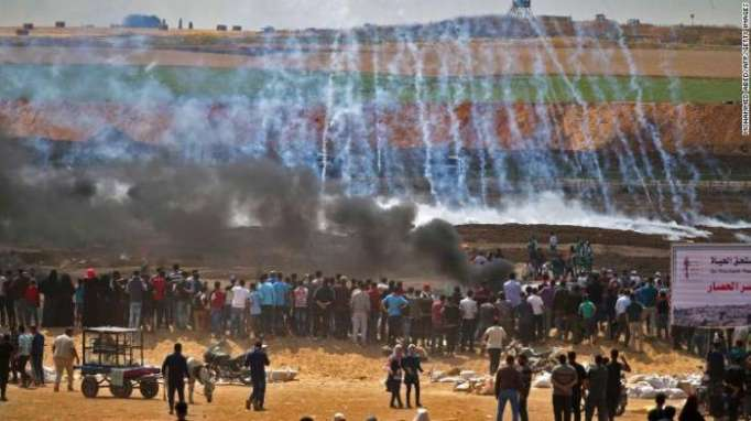 37 Palestinians killed by Israeli troops in Gaza protests - UPDATED