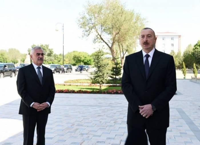 Ilham Aliyev: Najicheván escapará del bloqueo una vez que el Corredor Norte-Sur se ponga en marcha