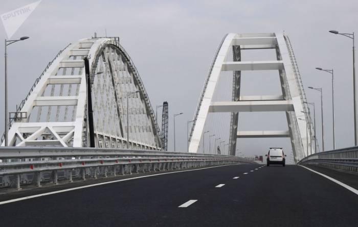 Autoverkehr auf der Krim-Brücke eröffnet
