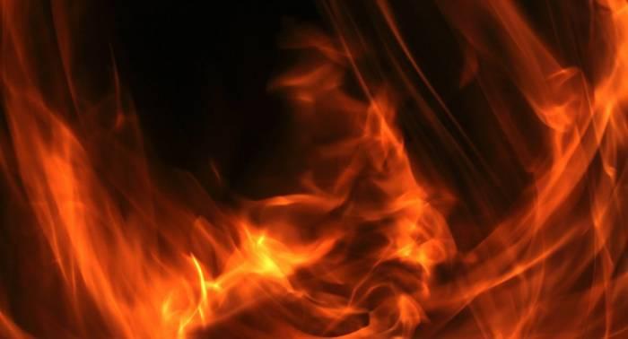 Un grupo de encapuchados quema dos camiones en el sur de Chile