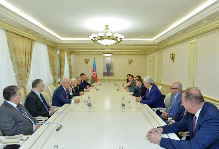 Russische Delegation zu Besuch in Baku