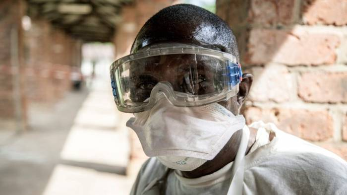 Behörden melden drei neue Ebola-Fälle