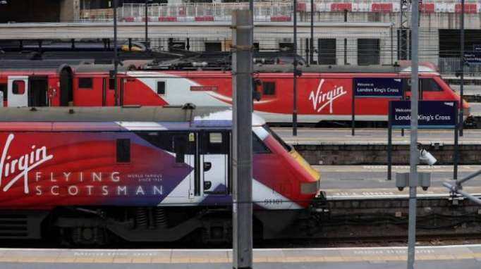 Warum die britische Regierung jetzt wieder Zugstrecken verstaatlicht