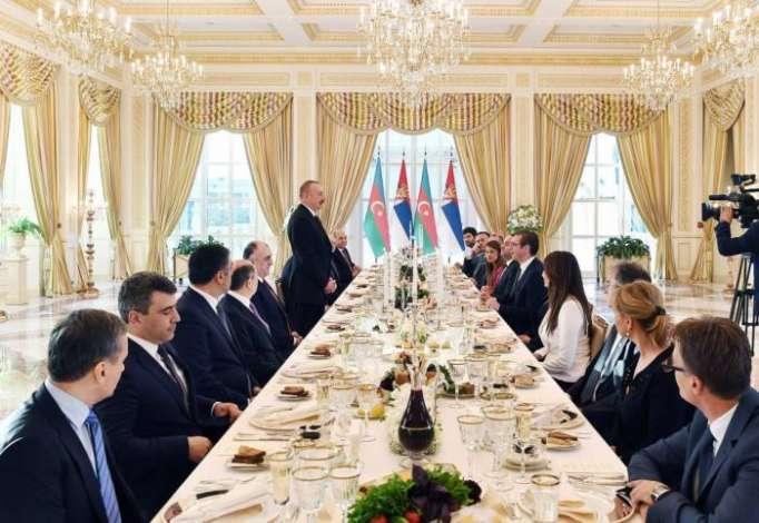 Une réception officielle offerte en l'honneur du président serbe