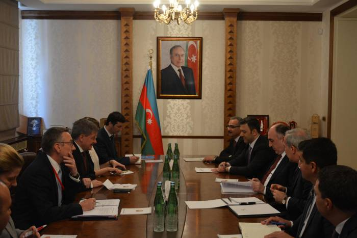 Azerbaijani FM receives delegation headed by ILO director general