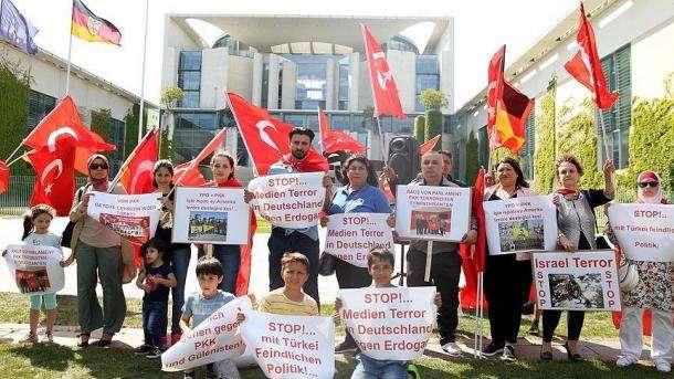 Protest gegen Wahlkampfauftrittsverbot in Deutschland