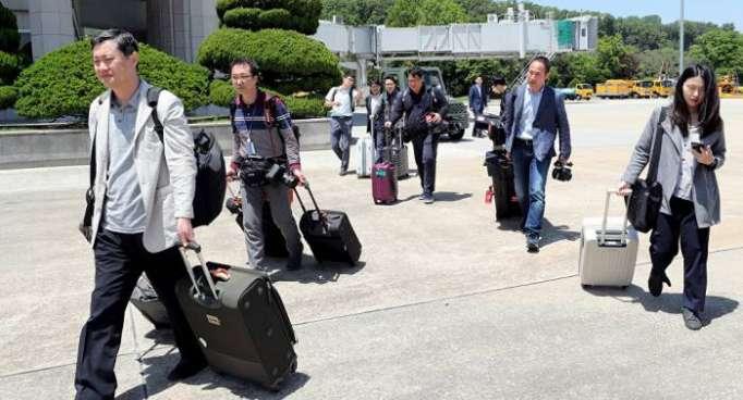 Periodistas de Corea del Sur llegan a la ciudad norcoreana de Wonsan