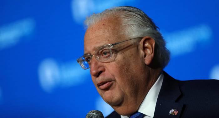 Una foto del embajador de EEUU en Israel provoca polémica