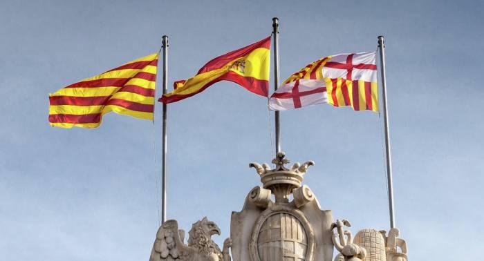 """Madrid afirma que el presidente catalán tiene """"en su mano"""" volver a """"la normalidad"""""""