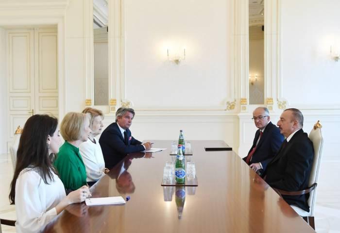 Ilham Aliyev reçoit la représentante commerciale du Premier ministre britannique
