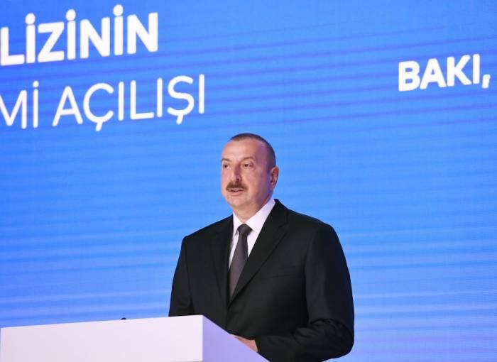"""İlham Əliyev: """"Azərbaycan bütün borcları vaxtında qaytarır"""""""
