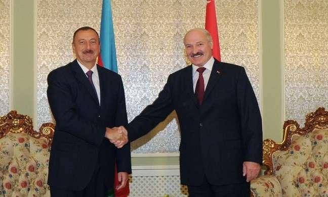 Lukaşenko İlham Əliyevə məktub göndərdi