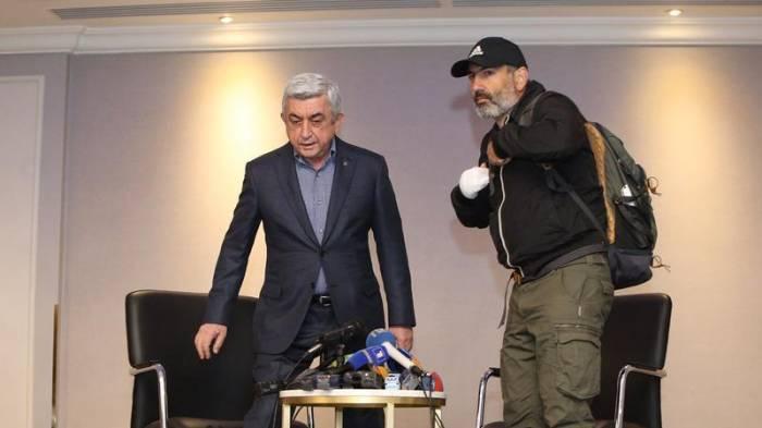 """""""Sarkisyanla yalnız Qarabağı müzakirə edə bilərəm"""" - Paşinyan"""