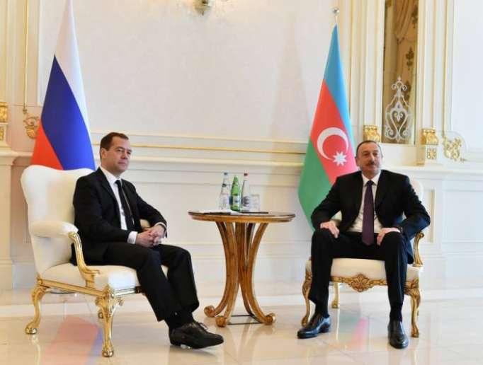 Medvedev İlham Əliyevə məktub göndərib