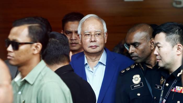 Malaysias Ex-Premier Najib wird wegen Korruptionsskandal verhört