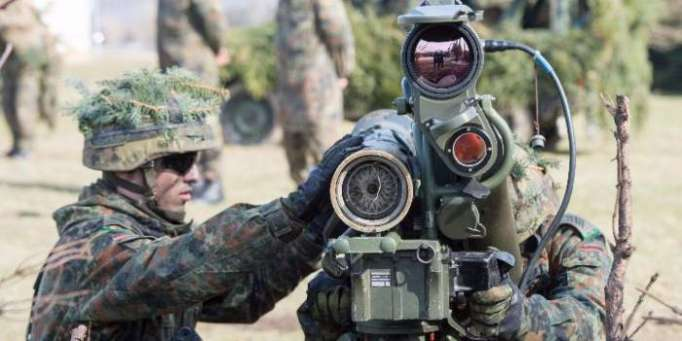 NATO Rusiya ilə sərhədə qoşun göndərir