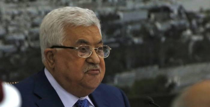 Le président palestinien Abbas atteint de pneumonie