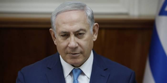 Netanyahou visé par une pomme lors d'un meeting électoral