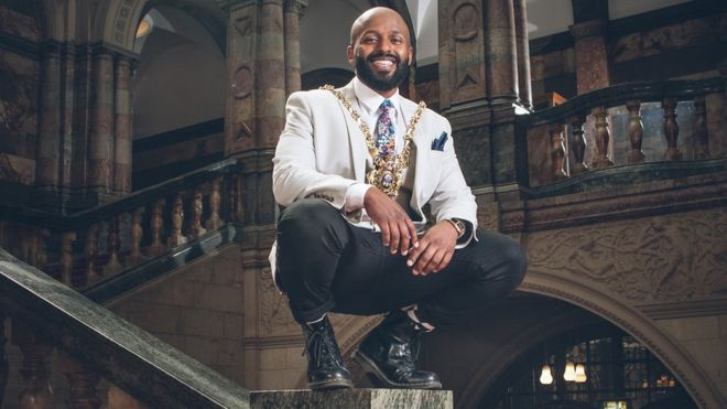Former refugee Magid Magid takes up Sheffield Lord Mayor post