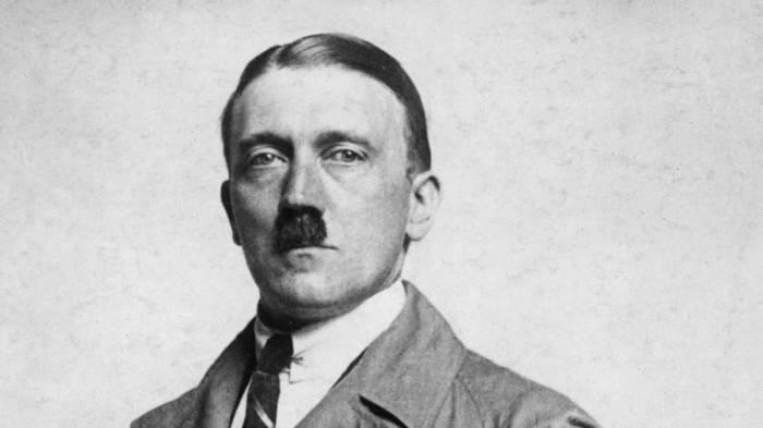 """Hitler est bien mort en 1945: """"On peut arrêter les théories conspirationnistes"""""""