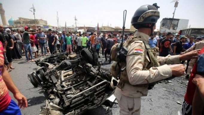 Clashes in Baghdad wound 7, authorities remove barriers and open roads