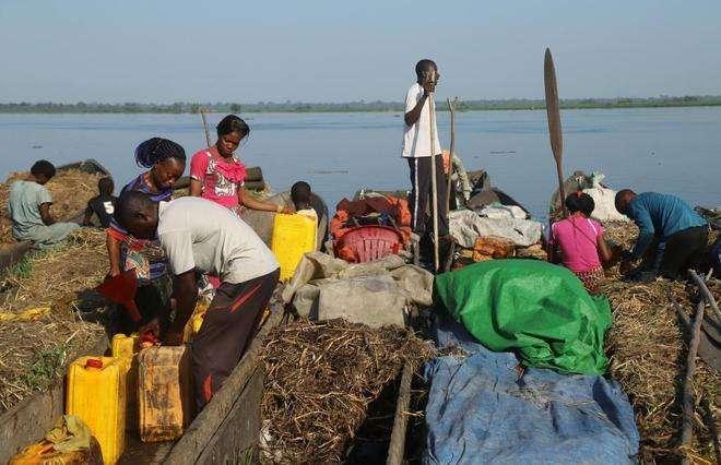 Cincuenta muertos en un naufragio en República Democrática del Congo