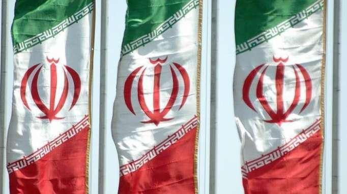 طهران: سنبقى في سوريا مادامت حكومتها تريدنا