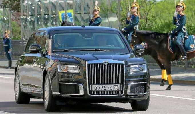 Una limusina presidencial 100% rusa para Vladimir Putin