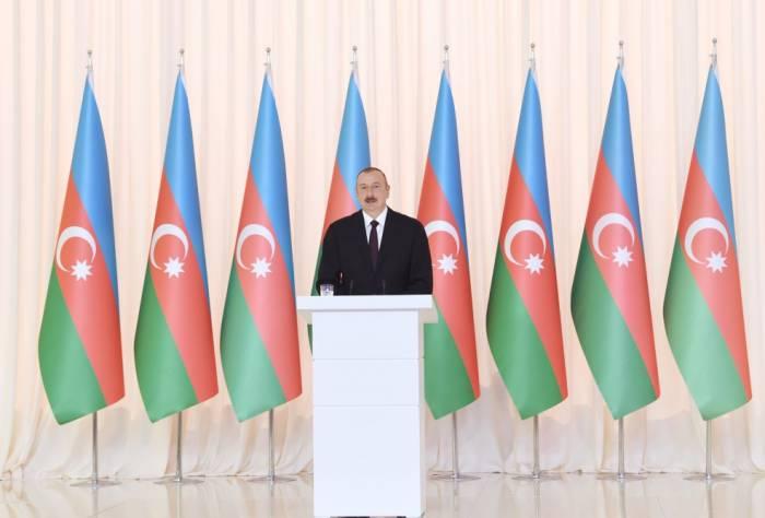 """الهام علييف:""""كل أذربيجاني يفخر بهذه الدولة"""""""