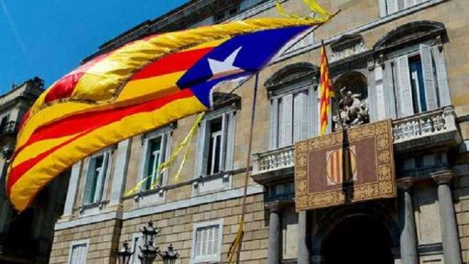 Des prisonniers et des exilés dans le nouveau gouvernement catalan