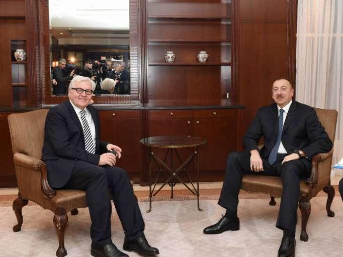 الرئيس الألماني يهنئ إلهام علييف
