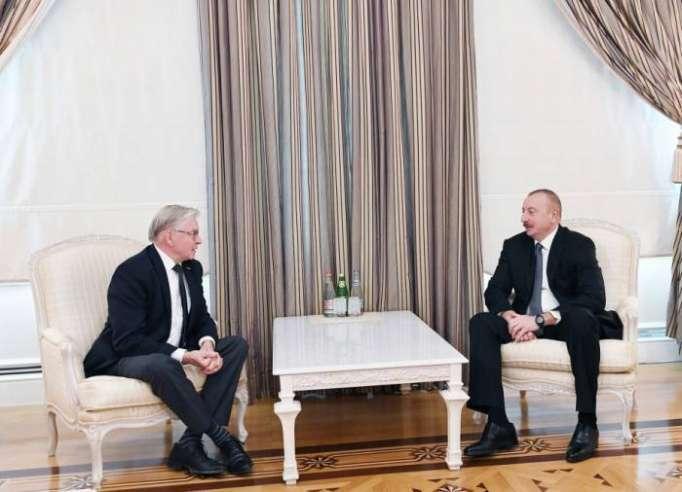 الرئيس إلهام علييف يلتقيالرئيس السابق للجمعية البرلمانية لمجلس أوروبا