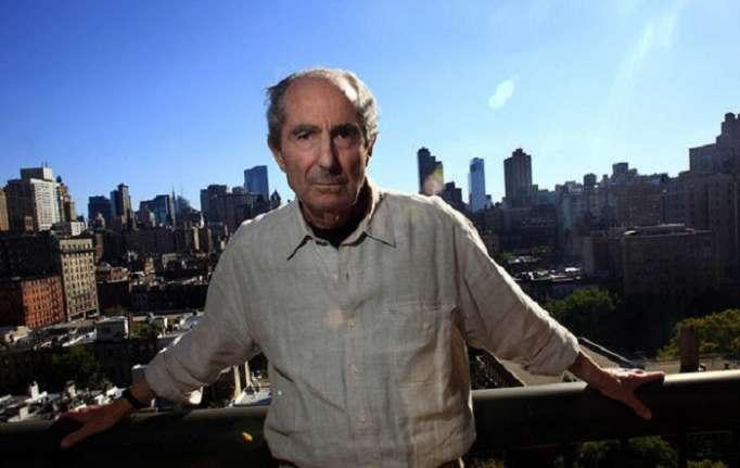 Məşhur yazıçı 85 yaşında vəfat edib