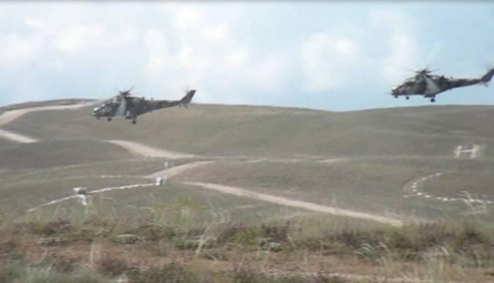 Naxçıvanda helikopter və qırıcılar havaya qaldırıldı -