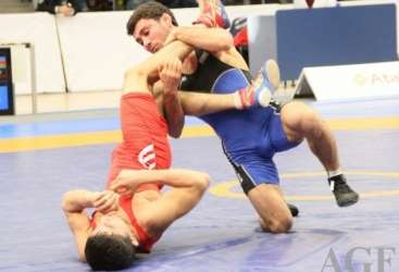 Azerbaijani U23 wrestlers bring home 7 medals from European Championships