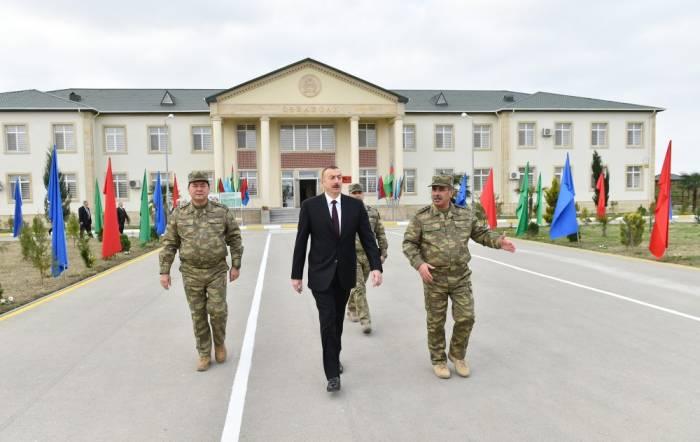 Zakir Həsənov və Nəcməddin Sadıkov təltif olundu- SİYAHI