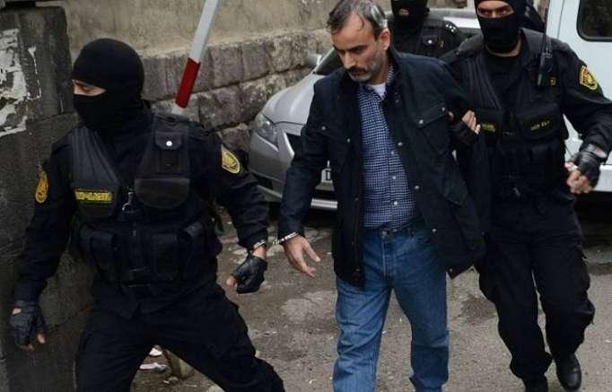 El lider y los miembros de una organización terrorista en Armenia se liberaron de la cárcel