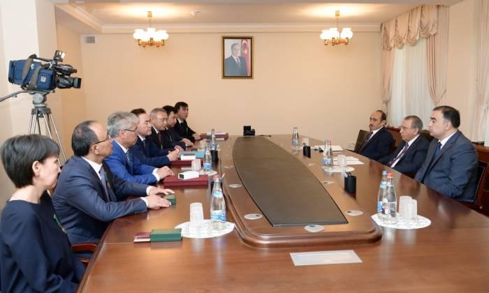 Ramiz Mehdiyev meets Kazakh delegation