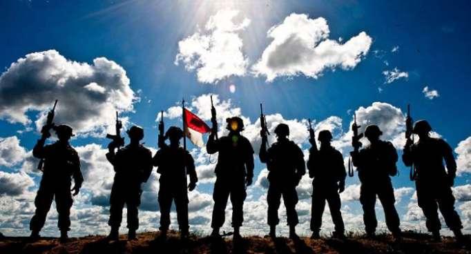Besoffen Schaufenster anpissen: Für Nato-Rambos im Baltikum normal